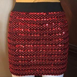 🆕 M USA Black/Red Sequin Mini Skirt-Large
